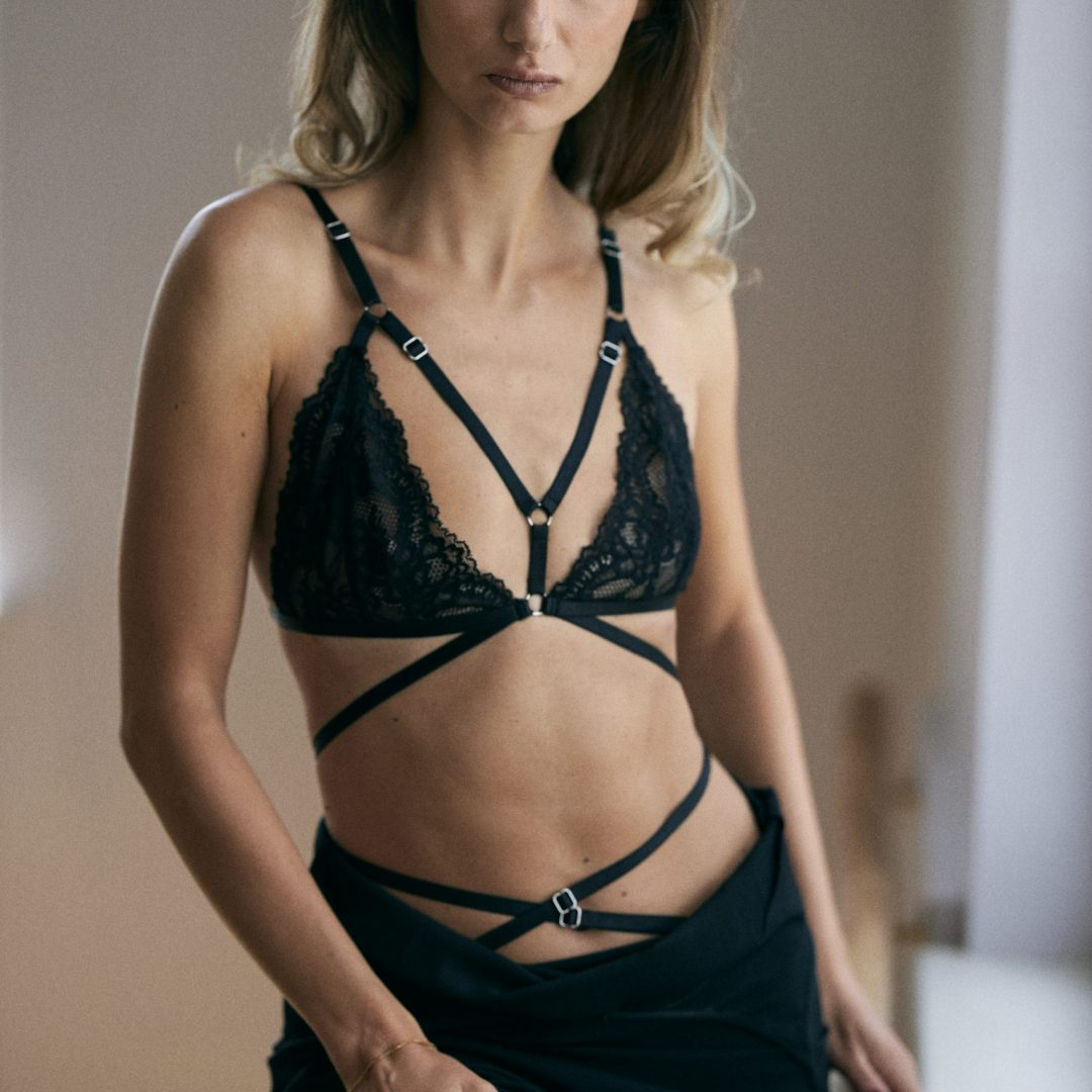 BlackWings Lingerie - Sandra black bralette