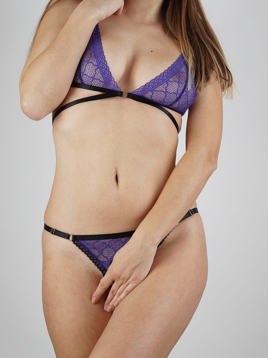 Purple lingerie set with strappy bralette and ouvert panties - BlackWings Lingerie