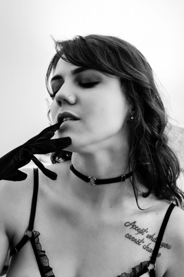 BlackWings Lingerie - Black Thin Elastic Choker